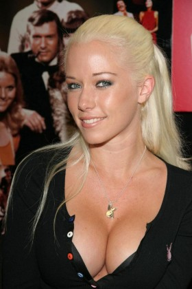 kendra wilkinson 280x420 Kendra Wilkinson Gallery Sexy Pictures