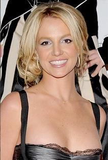 05c7b1f4d512x315.jpg Britney Spears Ousts Ashton Kutcher as Twitter King