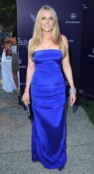0d826003ae90x535.jpg 195x360 Brooke Mueller: Alive, Well, On the Red Carpet