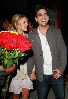 49fb02fb8f40x346.jpg Ali Fedotowsky and Roberto Martinez: Still Together, Possibly Cast on Dancing With the Stars!