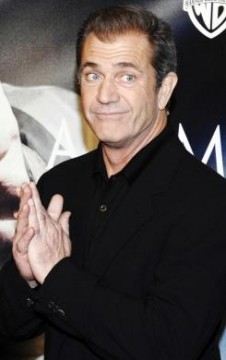 aa3a97ae6045x390.jpg 226x360 Mel Gibson Email to Oksana Grigorieva: The Tranquilizers Make Me Nuts!