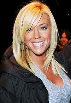 a5a809b79690x415.jpg 251x360 Kate Gosselin Wastes Money on New Haircut Again