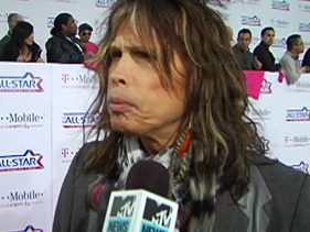 24568c05d181x211.jpg Steven Tyler Talks Long Road To American Idol Top 24