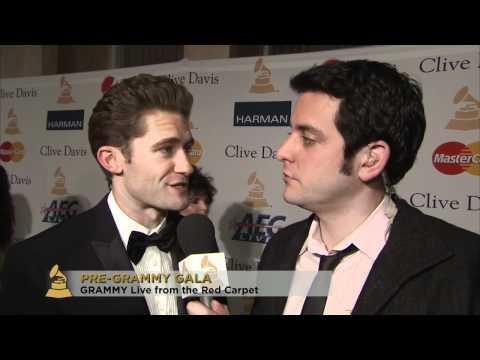 26d8dc366e0.jpg Matthew Morrison at Pre GRAMMY Gala