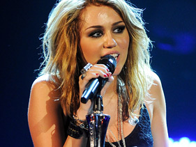 46b8d8cd3a81x211.jpg Miley Cyrus To Host Saturday Night Live On March 5