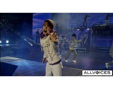 Justin Bieber Concert Schedule 2011 on 717d78c47abieber Jpg 456x360 Justin Bieber Tour Dates 2011