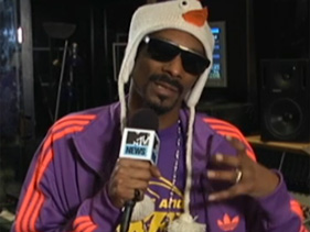 c9d4c8c63fx211 2.jpg Snoop Explains Why Dogg Lovers Span Generations