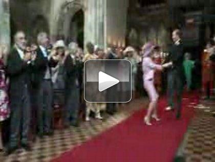 a4d542d4419489 1.jpg Everybody Get Down: Its The Royal Wedding Dance!