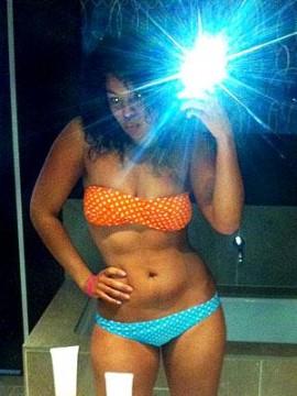 1aa2276258211537.jpg 270x360 Jordin Sparks Sassy Bikini Photo