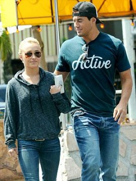 4e5ccd963b211644.jpg 270x360 Hayden Panettiere and Scotty McKnight