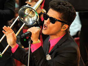 4f61a569b081x211.jpg Bruno Mars Fans Brave Rain For Today Performance