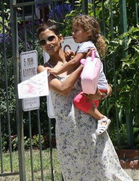 6016e3f26a61x468.jpg 277x360 Halle Berry Alleges Neglect on Behalf of Gabriel Aubry