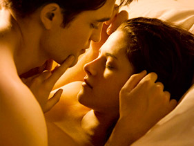 de340b077381x211.jpg Breaking Dawn Trailer: Four Lingering Questions