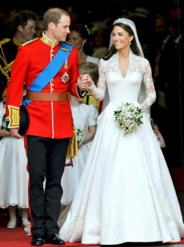 0ce2eea4f280x507.jpg 269x360 Kate Middleton Wedding Dress Enshrined, Displayed in Buckingham Palace Exhibit