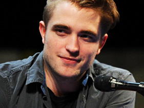 13986ea6ab81x211.jpg Robert Pattinson Reveals Secret Behind Breaking Dawn Sex Scene