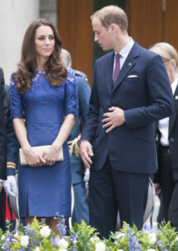 1a16b39d8375x526.png 256x360 Kate Middleton, Prince William Greeted By Huge Crowds in Canada