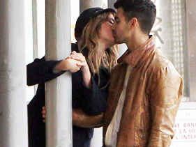 1bfd28bf7781x211.jpg Joe Jonas Spotted Kissing Co Star On Video Set