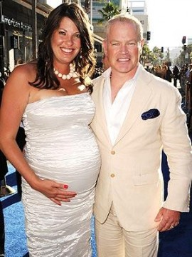 9e05e0c206210534.jpg 270x360 Neal McDonough Expecting a Girl