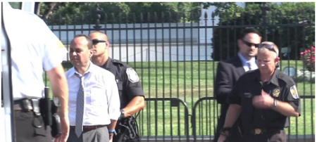 be387a3f2d788495.png Hoy En Mi Gente News: Democratic House Rep Luis Gutierrez Is Arrested In Front Of The White House For Protesting Deportations