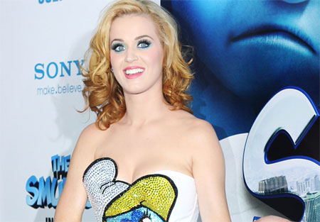 d733b71aa9y tits.jpg Katy Perry's Annoying Tranny Costume at the Smurfs Premiere of the DAy